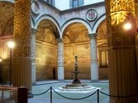 Palazzo vecchio cloister